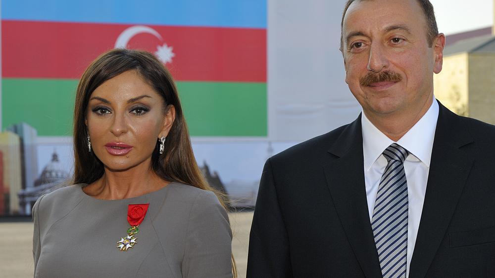 همسر «الهام علیاف»؛ مأمور اجرای سیاستهای ضددینی در جمهوری آذربایجان