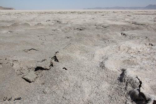 باتلاق های مرگ بار دریاچه ارومیه! (عکس)