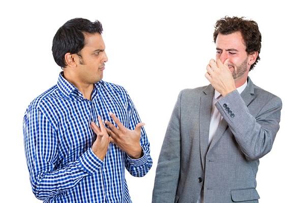 دلایل بوی بد بدن و روش های درمان آن!