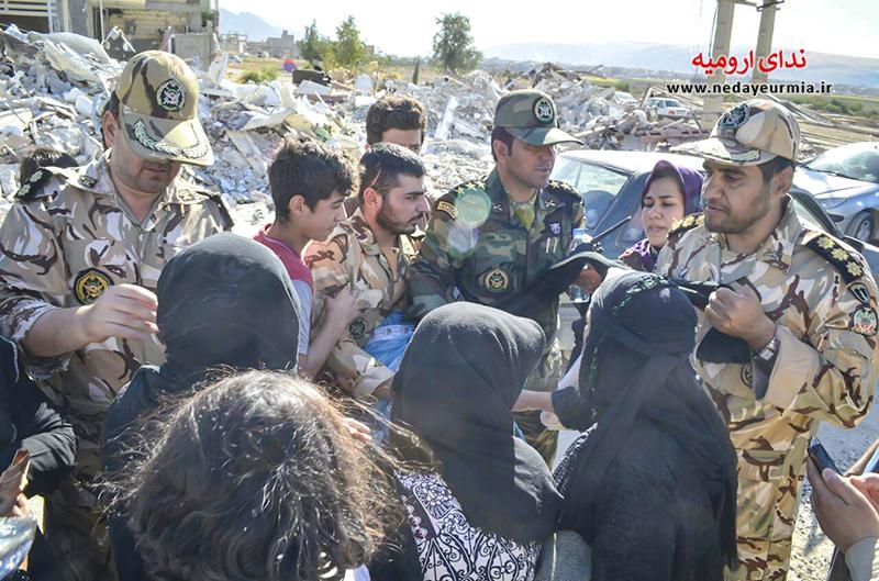 گزارش تصویری ندای ارومیه از حضور ارتش در مناطق زلزله زده کرمانشاه