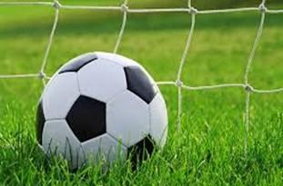 تیم فوتبال ۹۰ ارومیه مقابل تیم جوانان تراکتورسازی به پیروزی رسید