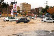 وجود کانال های مشکل دار از عوامل اصلی آب گرفتگی در ارومیه است