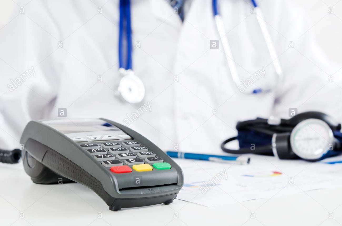سرپیچی ۵۰ درصدی پزشکان از نصب کارت خوان