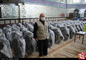 اهدای ۶۰ عدد ویلچر به بیمارستان های ارومیه توسط پدر شهید